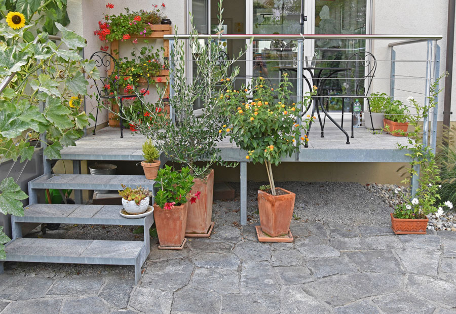 metall im garten pavillon gartenbecken wasserbecken stahlbecken zaunanlagen gartenzaun. Black Bedroom Furniture Sets. Home Design Ideas